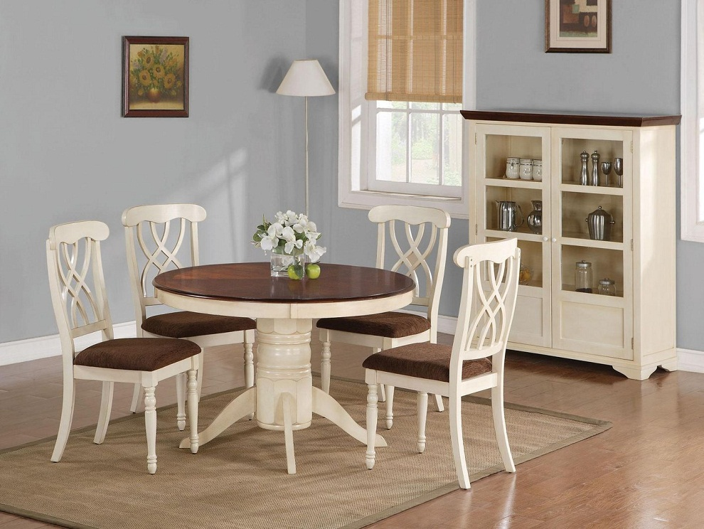 Image of: Cherry Wood Dining Table Paint