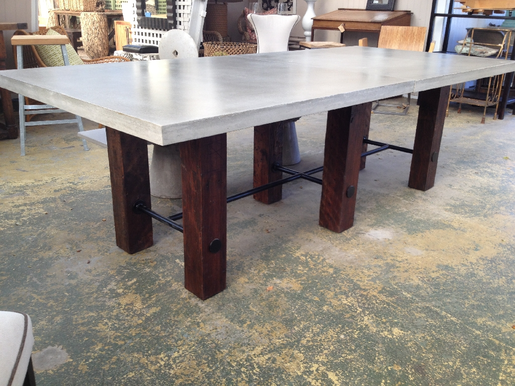 Image of: Concrete Top Dining Table Accessories