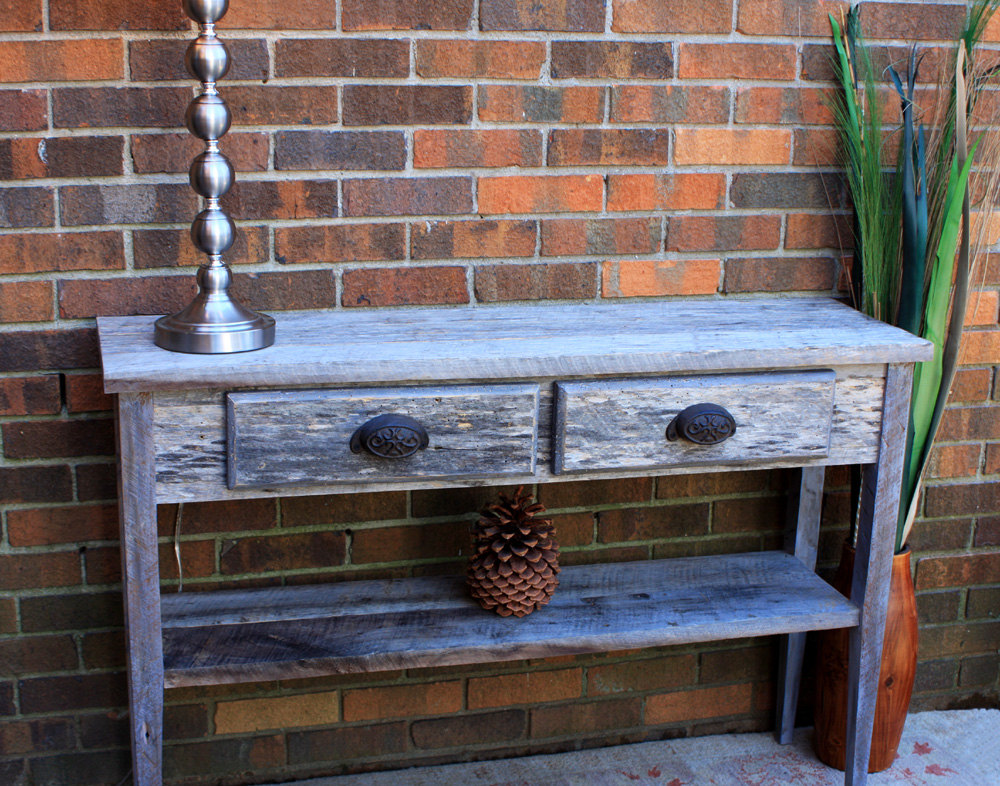 Picture of: DIY Reclaimed Wood Sofa Table