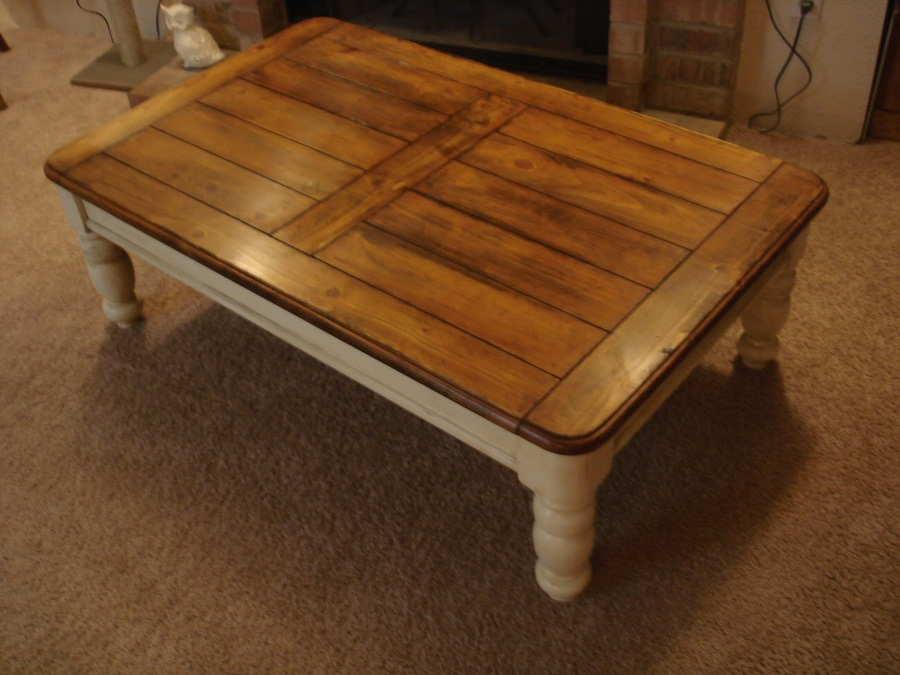 Image of: Design Distressed Wood Coffee Table