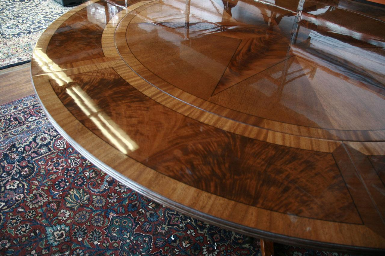 Image of: Designs Round Dining Table with Leaf