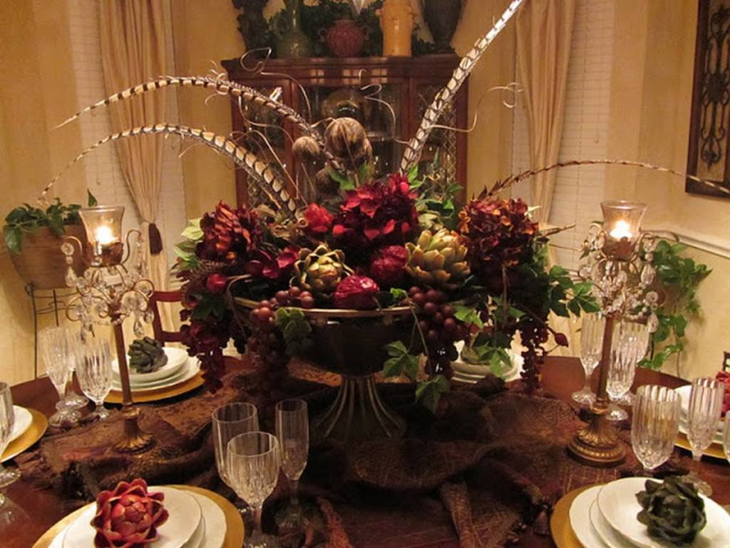 Picture of: Dining Room Table Centerpieces Amazing
