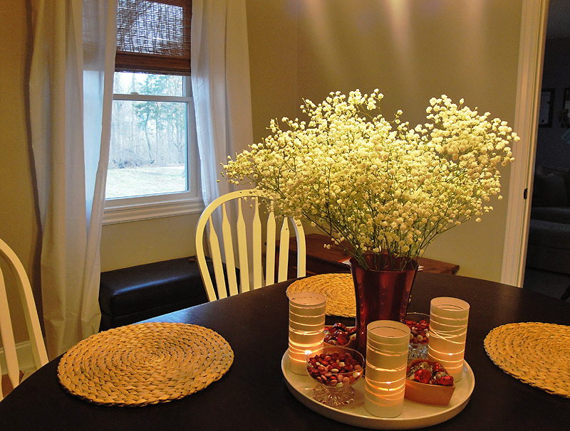 Picture of: Dining Room Table Centerpieces Nice