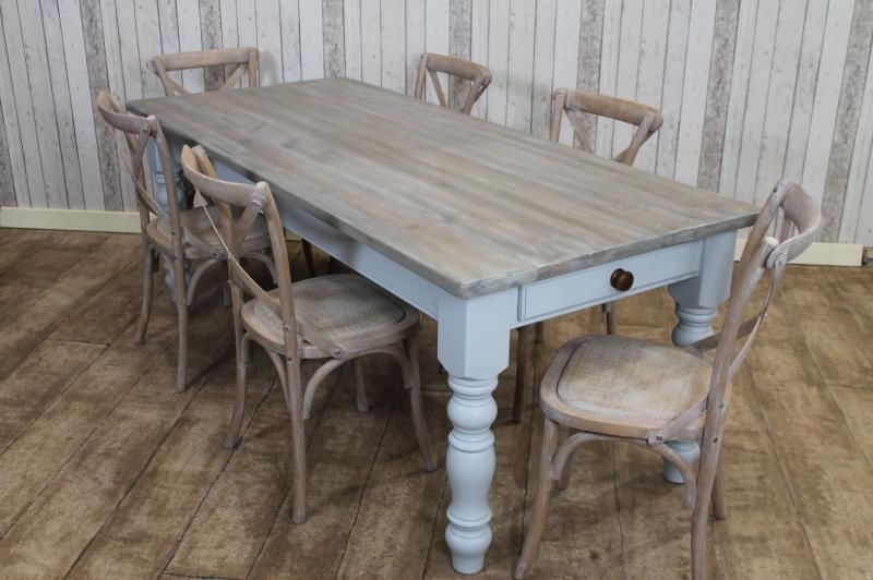 Picture of: Distressed Dining Room Table and Chairs