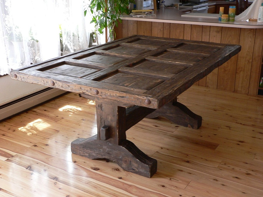 Image of: Distressed Wood Dining Room Table Large