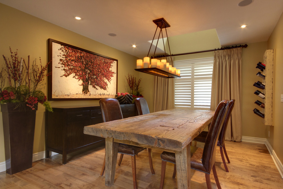 Image of: Distressed Wood Dining Room Table