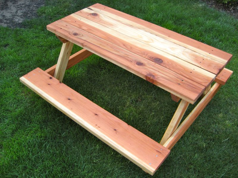 Image of: Diy Picnic Tables Ideas