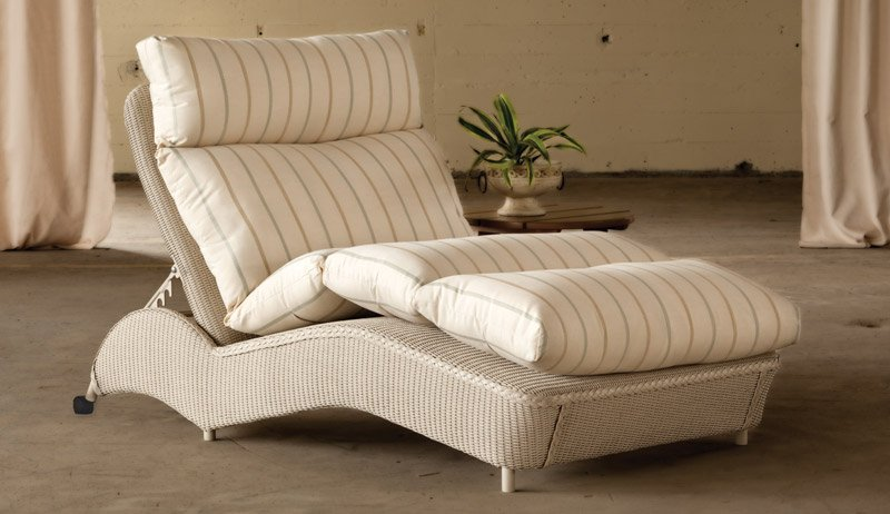 Image of: Double Chaise Lounge Modern