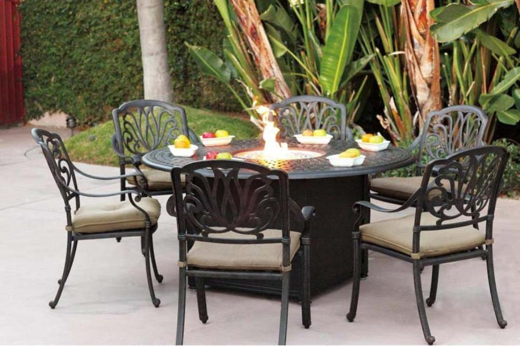 Picture of: Fire pit Dining Table Set Round Glass