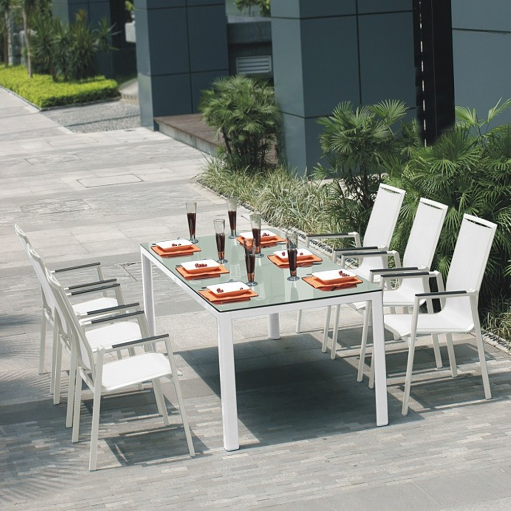 Picture of: Glass table and chairs for outdoor