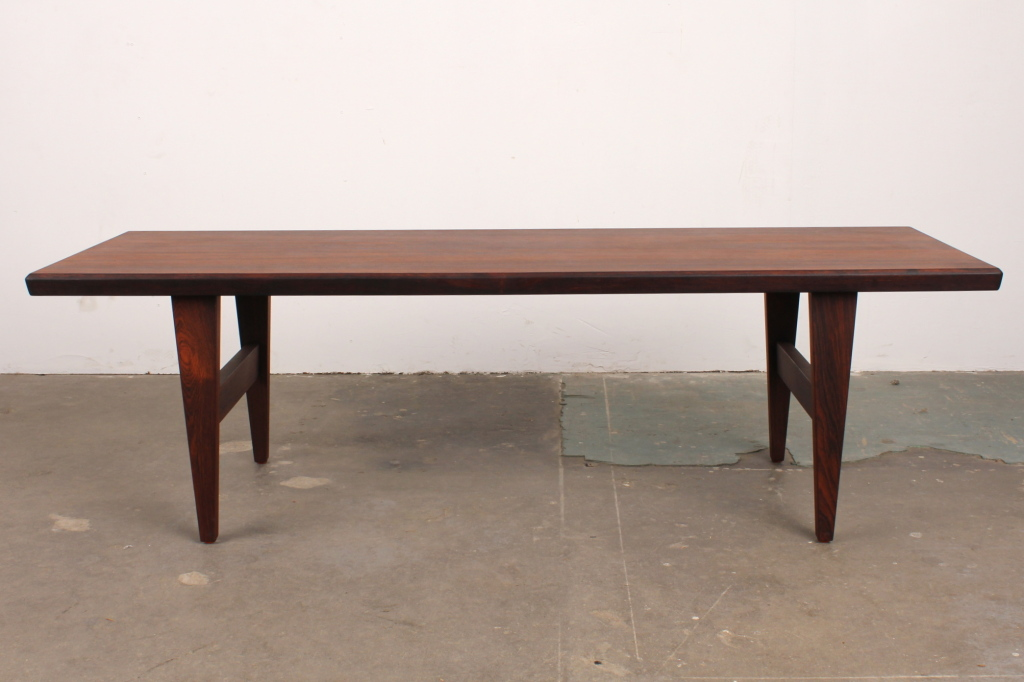 Image of: good mid century modern coffee table