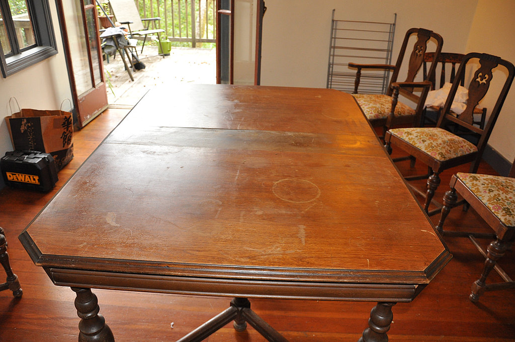 Picture of: How to Refinish Wood Table Dining Room