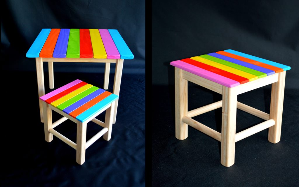 Image of: Kids Folding Table And Chairs DIY