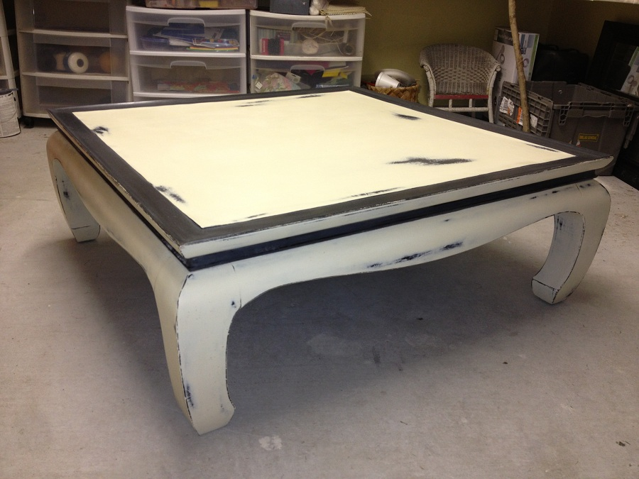 Image of: Large Distressed White Coffee Table