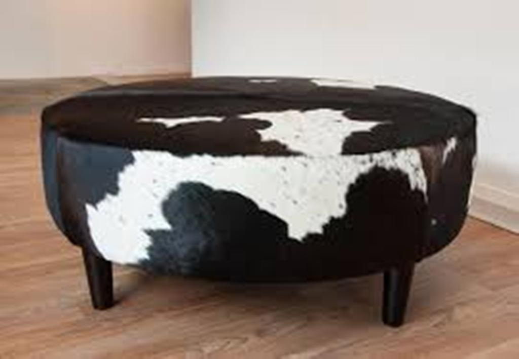 Image of: Large Round Coffee Table Ottoman
