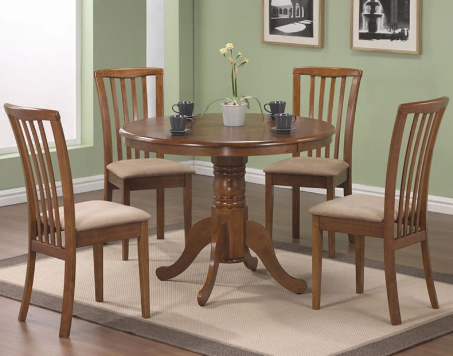 Image of: Large round solid wood dining table