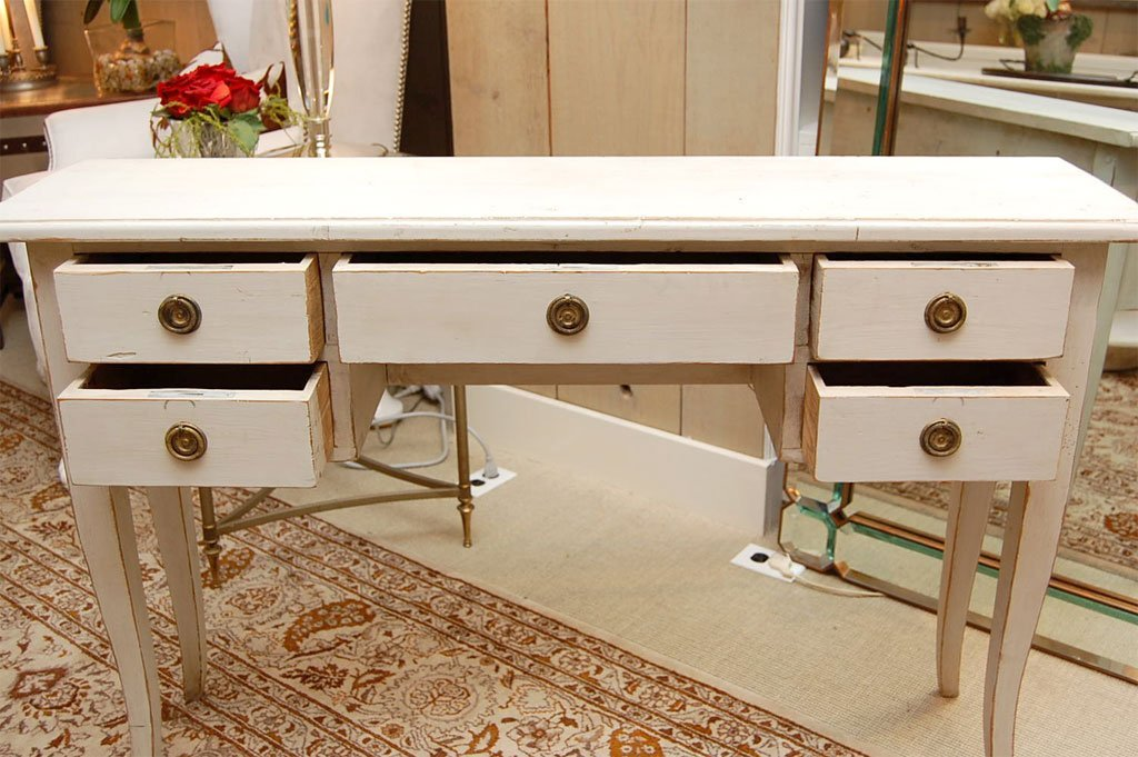 Picture of: Long Narrow Console Table With Drawers