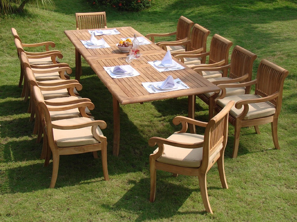 Image of: Luxurious Teak Outdoor Dining Table