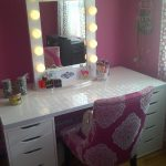 Makeup Vanity Table With Light