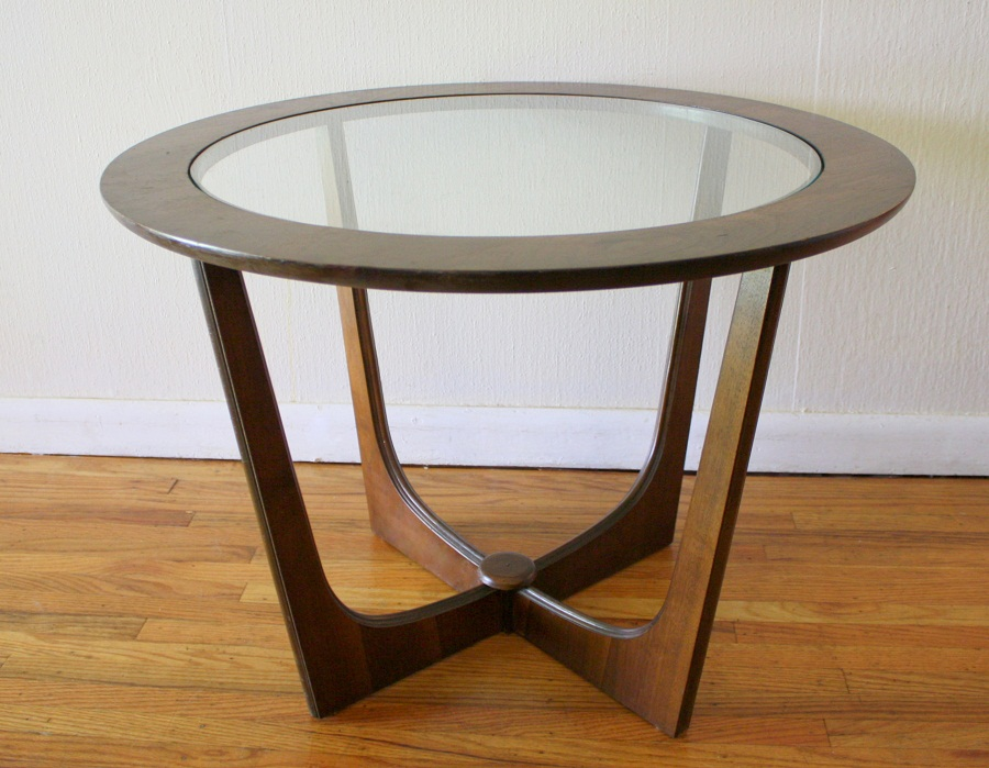 Picture of: Mid Century Modern Side Table Glass