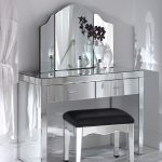 Mirror Vanity Table Set Design