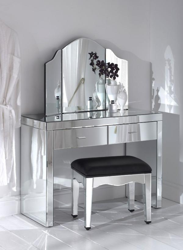 Picture of: Mirror Vanity Table set design