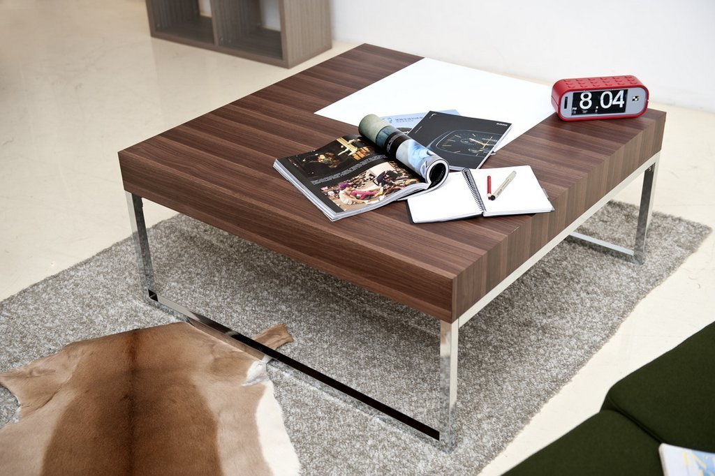 Picture of: Modern Coffee Table with Metal Legs