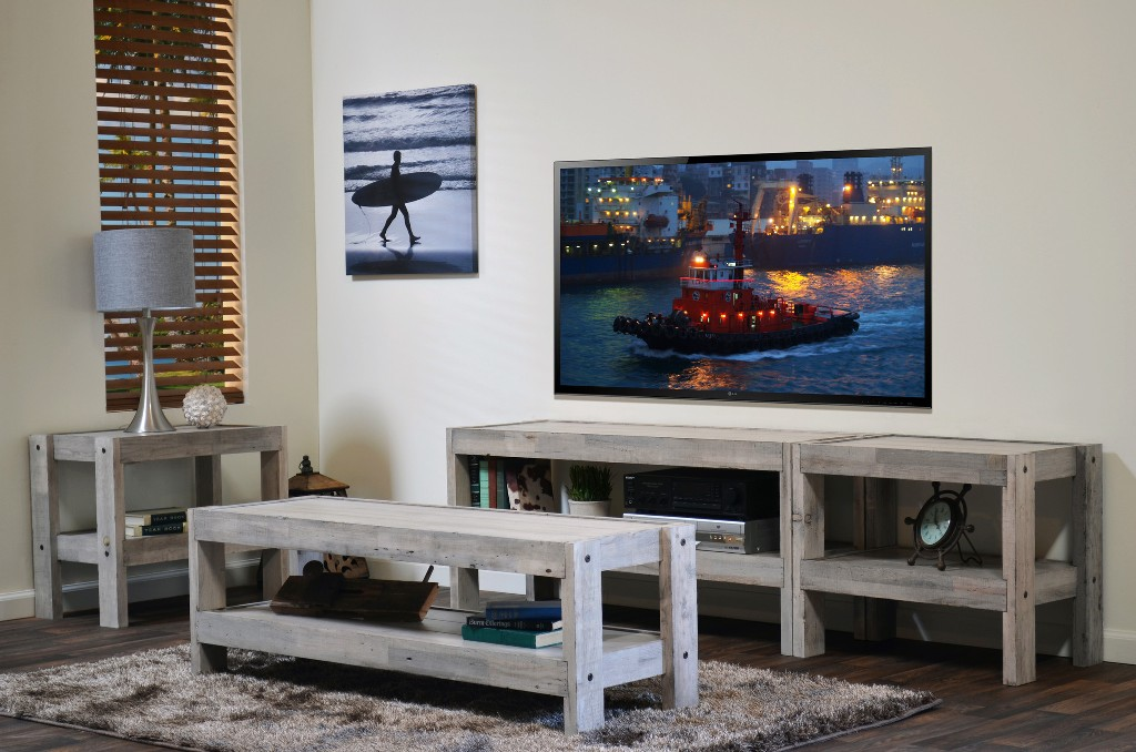 Image of: Nautical  End Tables Style