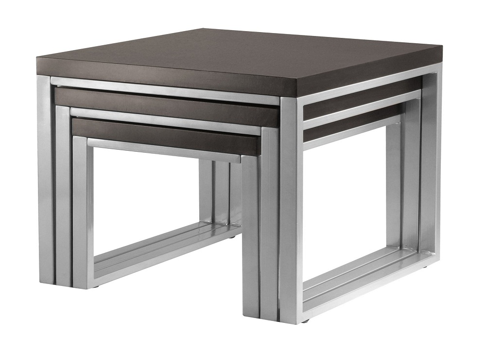 Image of: New Wood Nesting Tables