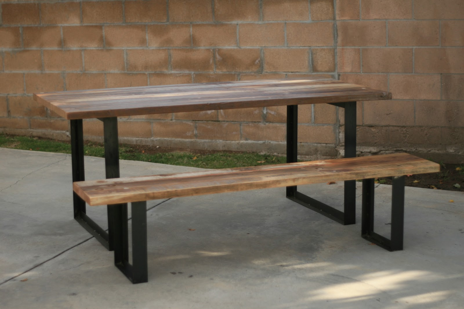 Picture of: Outdoor Table Bench with Metal Legs