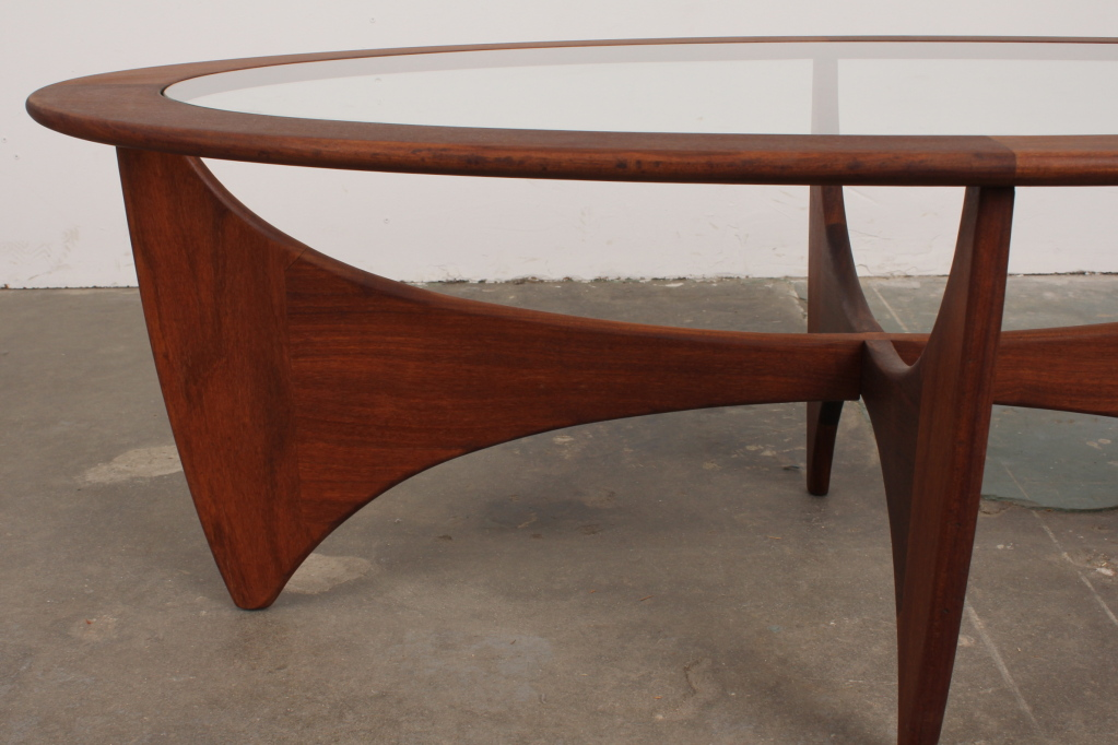 Image of: oval coffee tables legs
