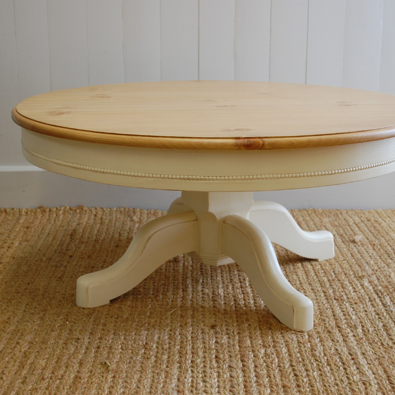 Image of: Pedestal End Table Farmhouse