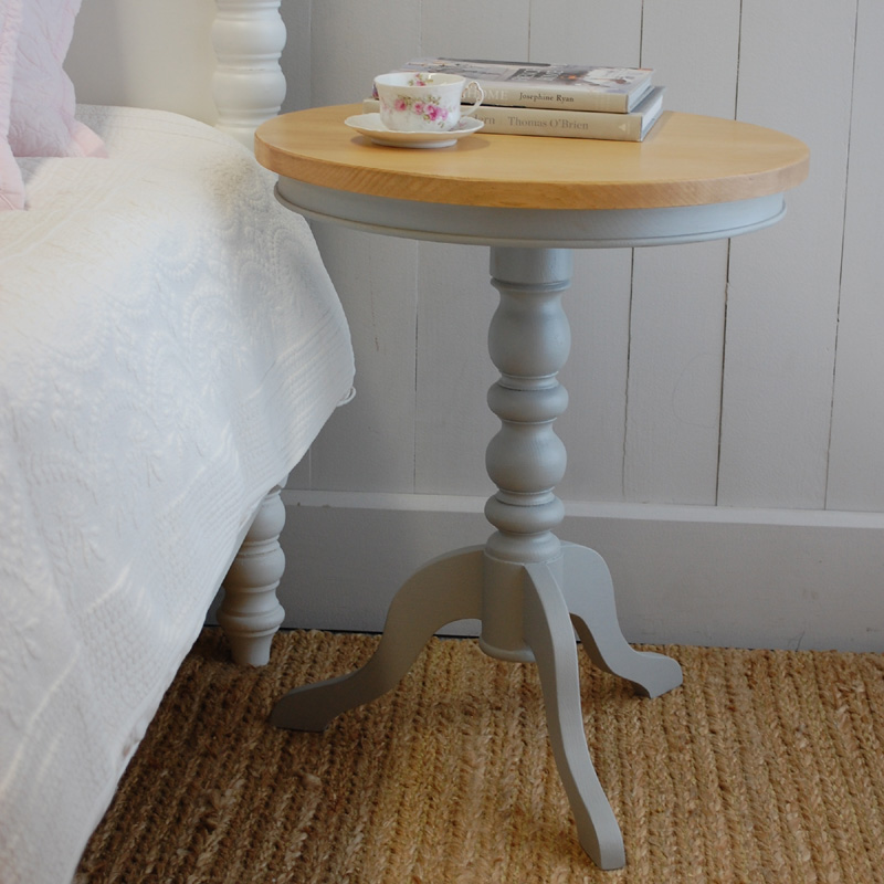 Pedestal End Table White Cream
