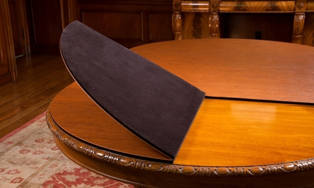 Image of: Popular Pads for Dining Room Table