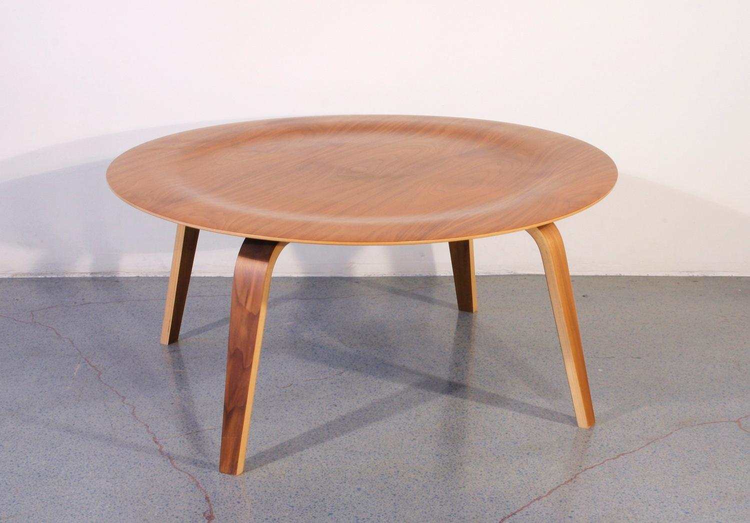 Image of: Populer Eames Coffee Table