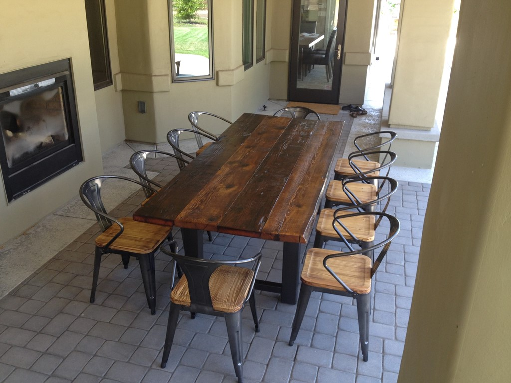 Picture of: reclaimed wood dining room table plans
