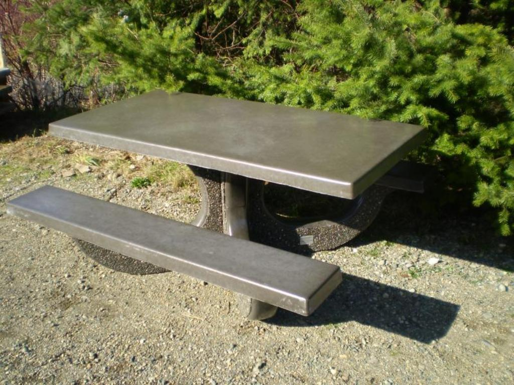 Picture of: Repairing Concrete Picnic Tables Ideas