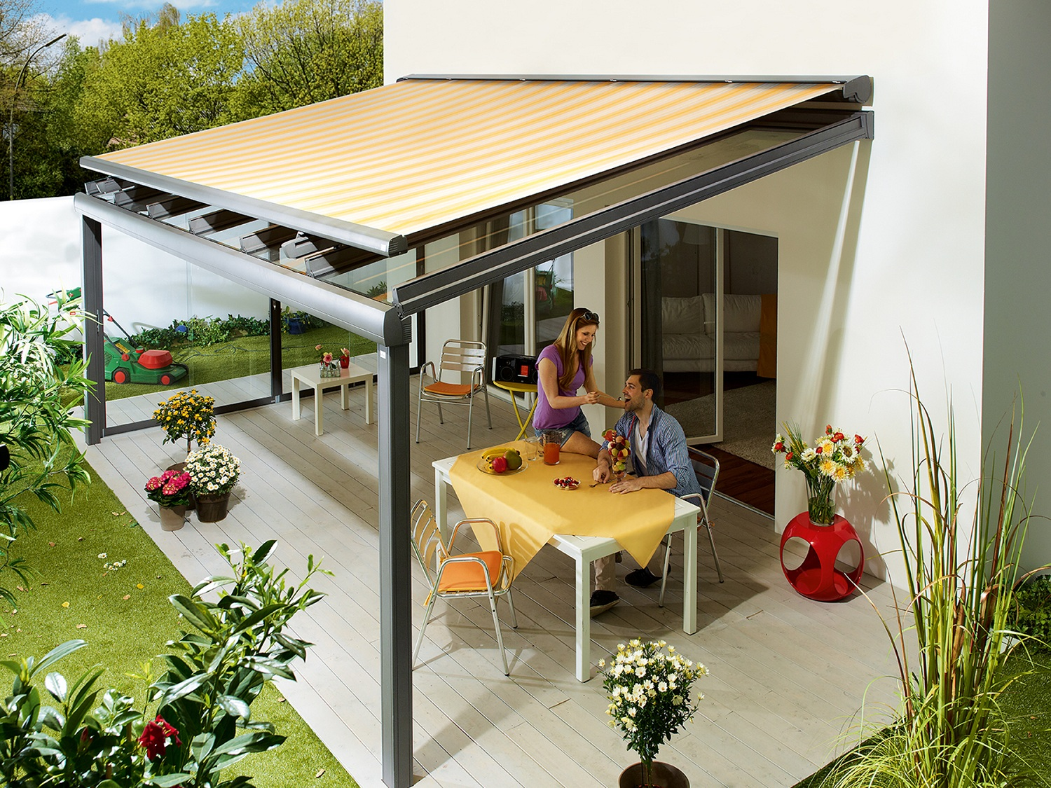 Picture of: Retractable patio covers canopy