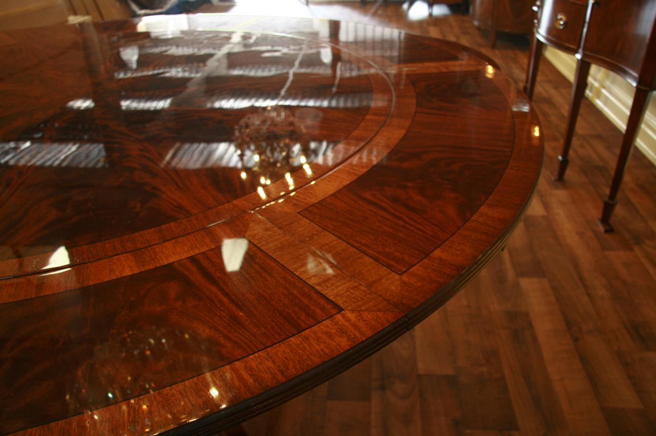 Image of: Round Dining Table with Leaf Style