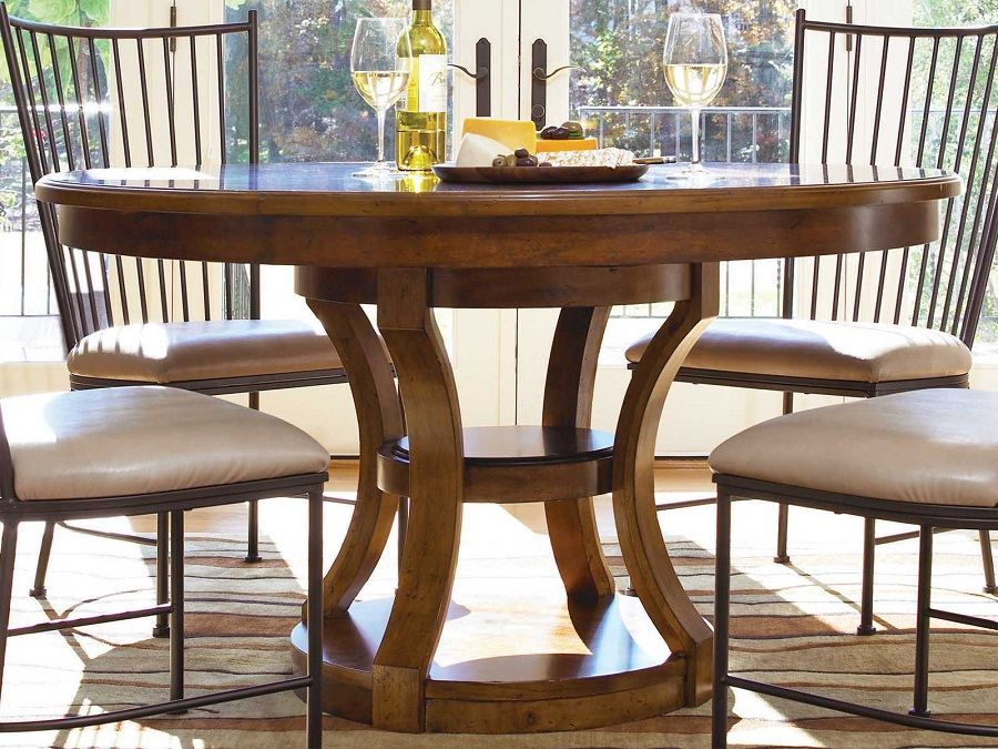 Image of: Round Pedestal Dining Table Size