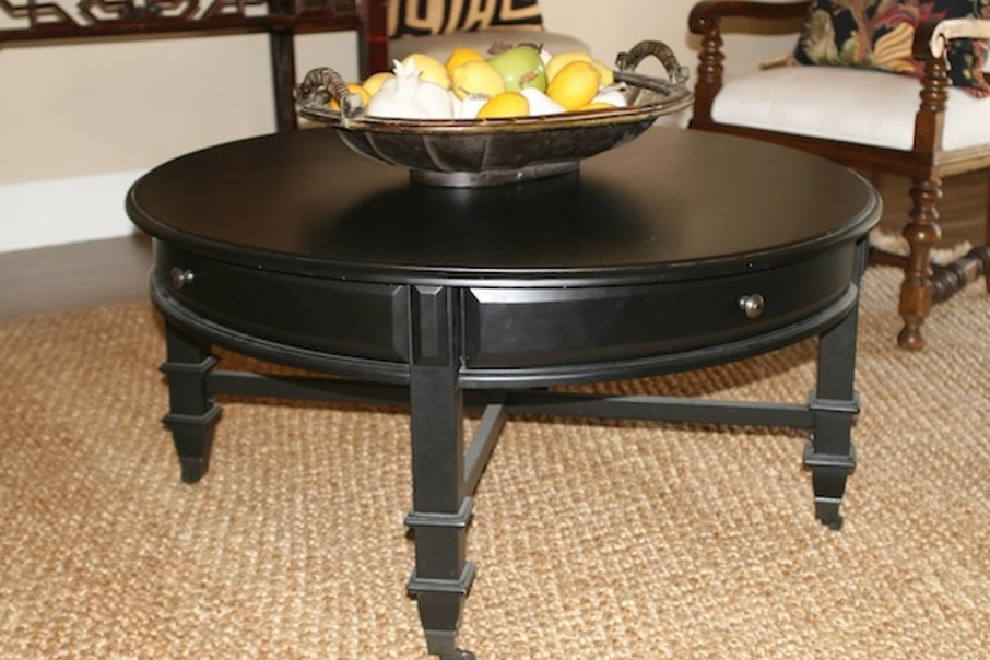 Picture of: Round Cocktail Table With Storages