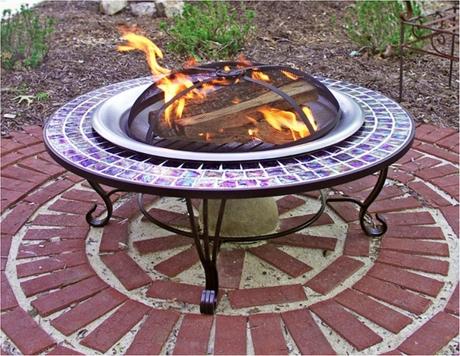 Image of: Round fire pit table