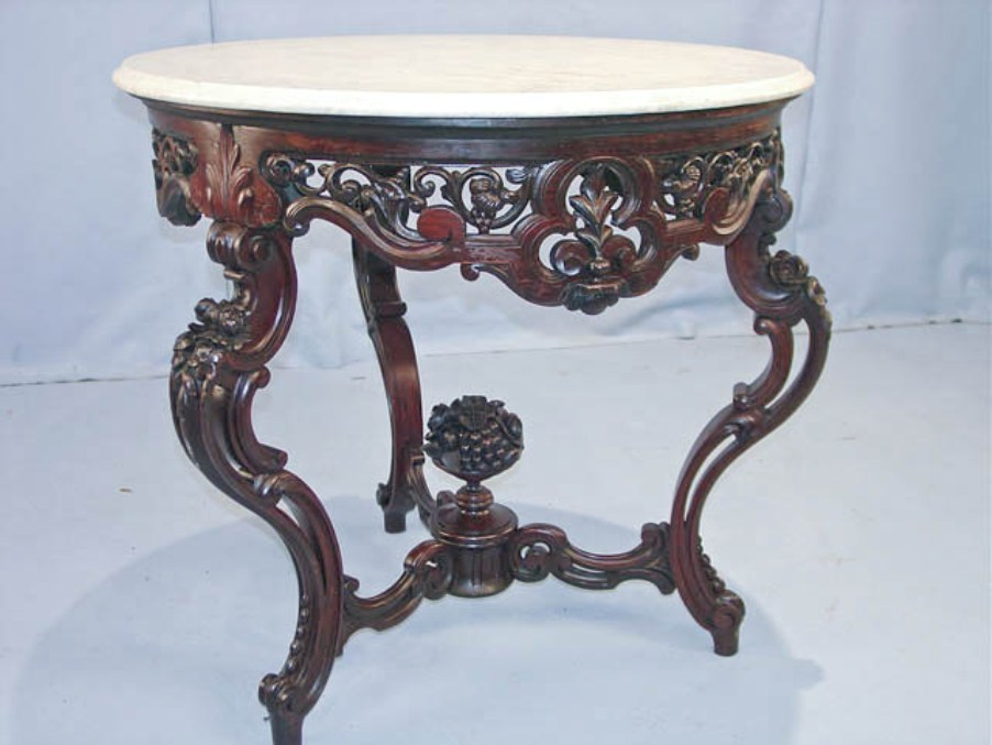Image of: Round foyer accent table