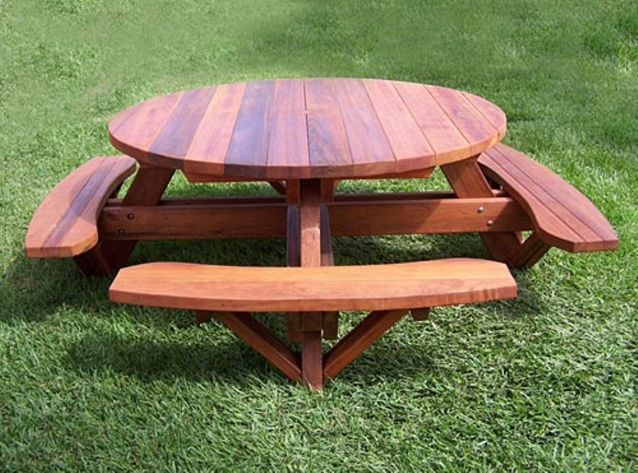 Image of: Round picnic table wood