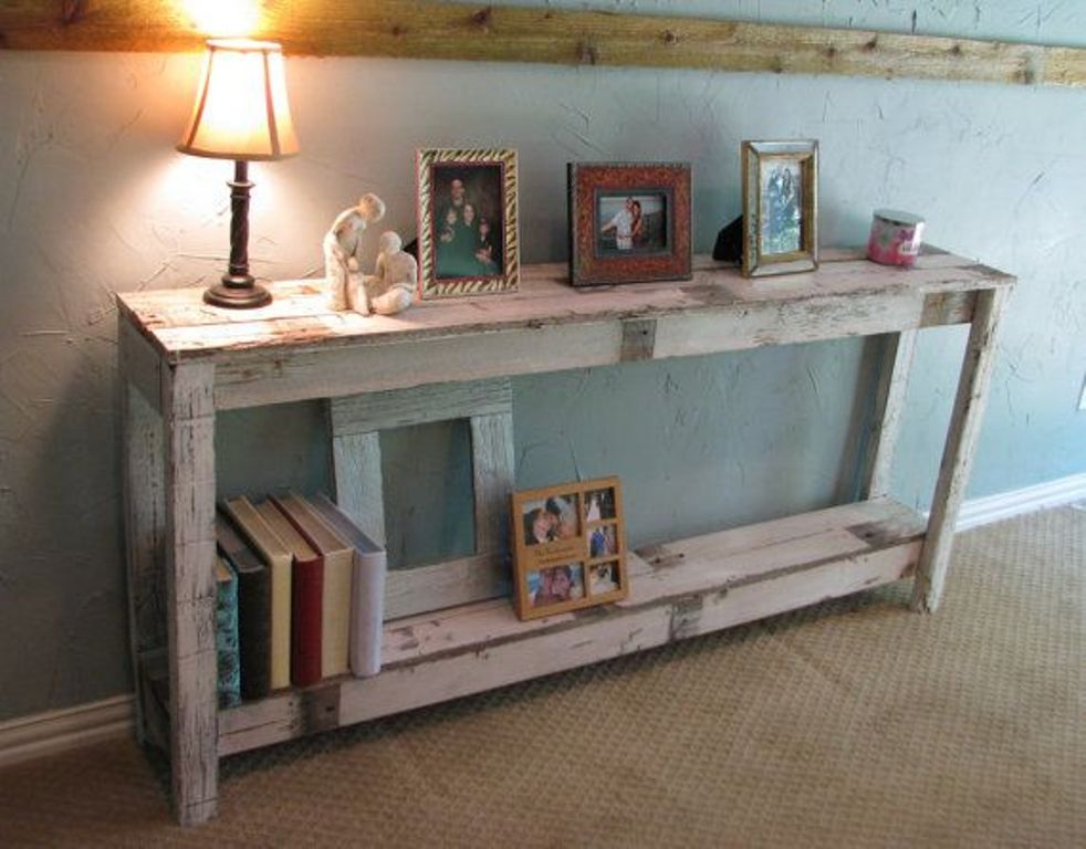 Image of: Rustic Console Table Decor