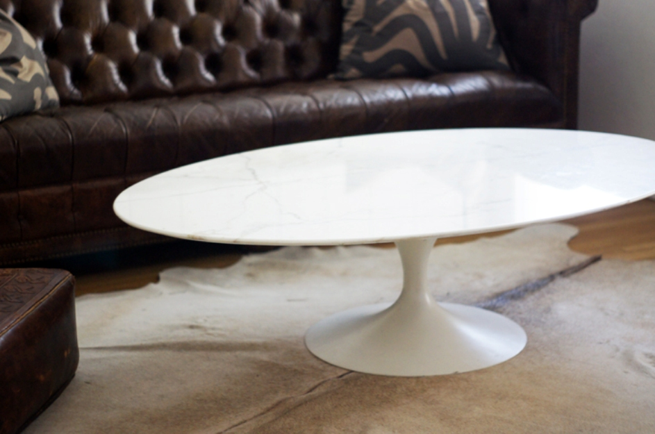 Picture of: Saarinen Coffee Table Knocks Off