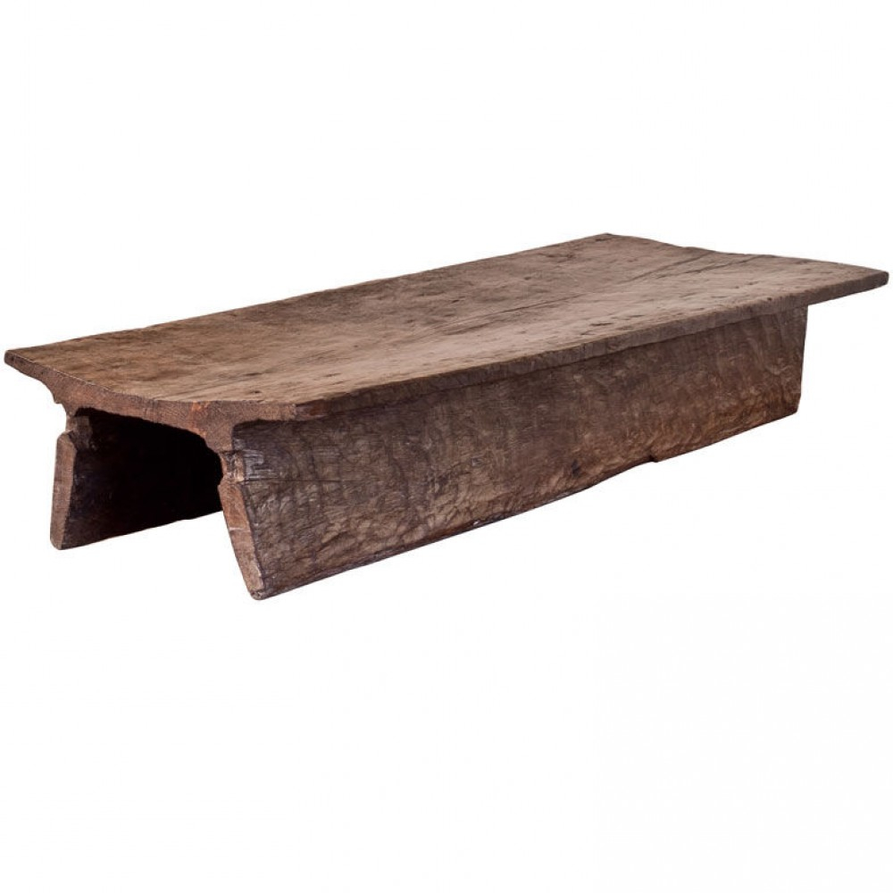 Image of: Simple Solid Wood Coffee Table