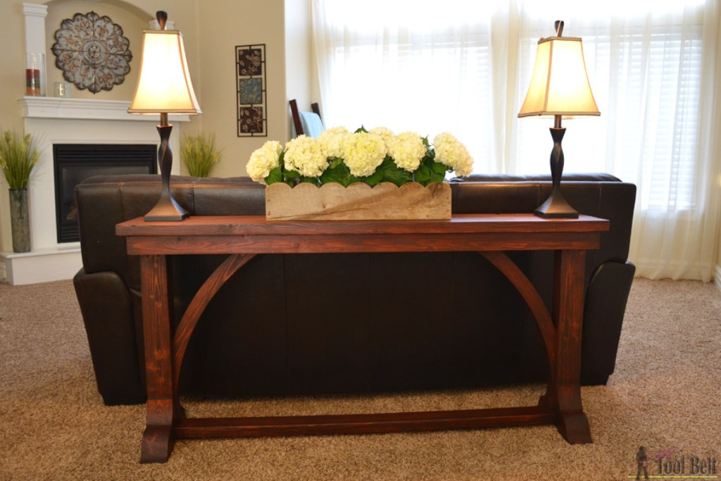 Image of: Skinny Sofa Table Diy