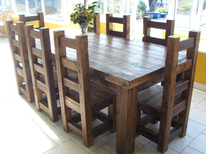 Image of: Solid Wood Tables Sets