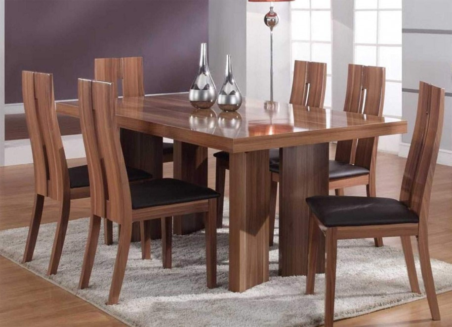Image of: solid wood tables and chairs